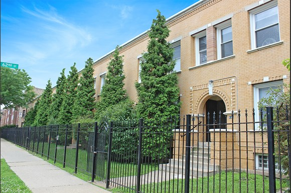 Exterior 6160 S Martin Luther King Dr Apartments