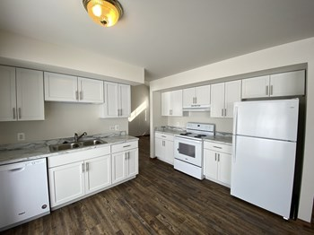 1338 Adams Way 2-4 Beds Apartment for Rent Photo Gallery 1