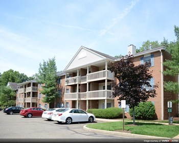 1305 Buckingham Gate Blvd. 2 Beds Apartment for Rent Photo Gallery 1