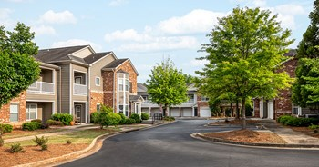 1395 Towne Centre Village Dr 2 Beds Apartment for Rent Photo Gallery 1