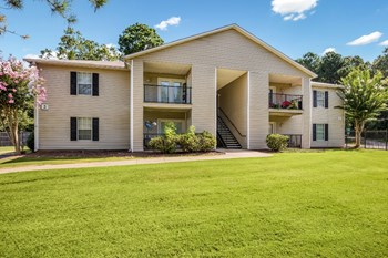 100 Parkwood Trace 1-3 Beds Apartment for Rent Photo Gallery 1