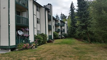 258 East Bakerview Road 2 Beds Apartment for Rent Photo Gallery 1