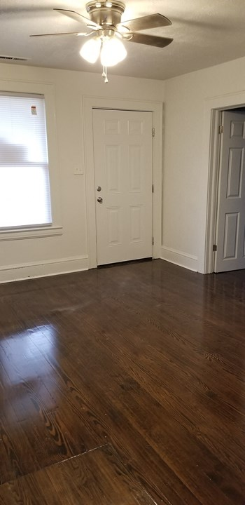 2720 Centre Avenue Northwest 2 Beds House for Rent Photo Gallery 1