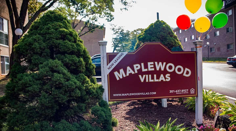 Maplewood Villas Apartments Signage