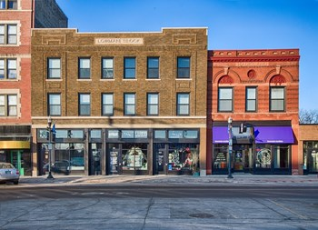 406 Broadway North 1-2 Beds Apartment for Rent Photo Gallery 1