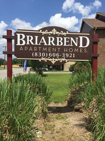 349 Briarbend Drive 1-2 Beds Apartment for Rent Photo Gallery 1