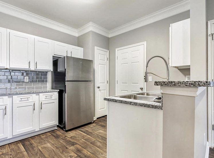 briarwood kitchen with stainless steel appliances