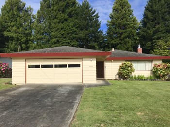 5626 Walnut Drive 3 Beds Apartment for Rent Photo Gallery 1