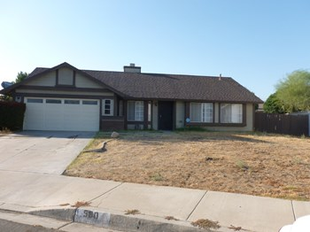 580 W. Scott St 4 Beds House for Rent Photo Gallery 1