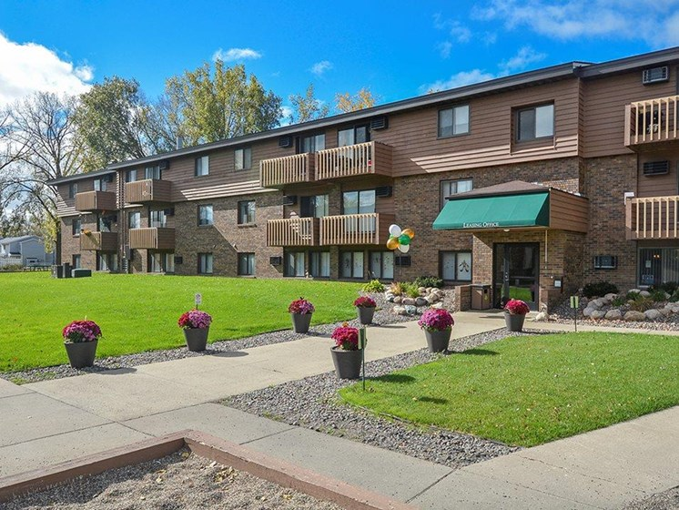 Leasing office at Upper Town Apartments in Saint Cloud, MN