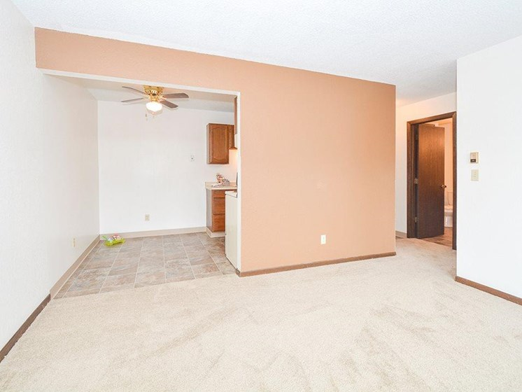 accent walls at Upper Town Apartments in St. Cloud, MN.