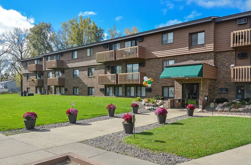 Uppertown Apartments Apartments In St Cloud Mn