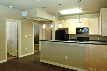 1509 Centre Place Dr 1-2 Beds Apartment for Rent Photo Gallery 1
