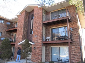 15737 Terrace Drive 1-2 Beds Apartment for Rent Photo Gallery 1