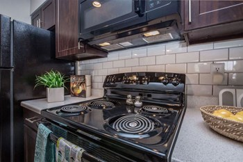 2200 West Ave 1-2 Beds Apartment for Rent Photo Gallery 1