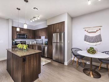 Apartments in San Fernando Valley