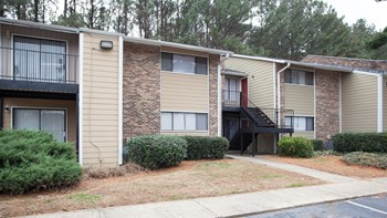2135 Godby Road 1-3 Beds Apartment for Rent Photo Gallery 1