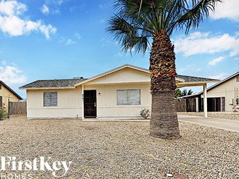 8761 W Ironwood Dr 3 Beds House for Rent Photo Gallery 1