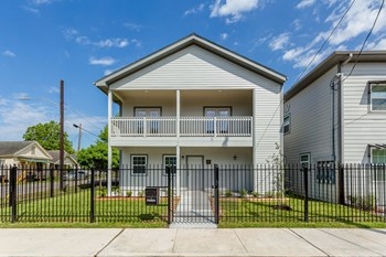 5800 Harvey Wilson Dr Studio-3 Beds Apartment for Rent Photo Gallery 1