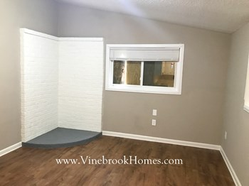 4156 Windermere Rd 3 Beds House for Rent Photo Gallery 1