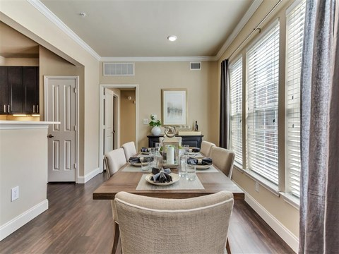 Town homes in University Park and Park Cities in Dallas, TX,