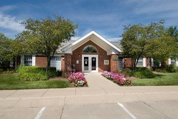 3036 Redskin Drive 2-3 Beds Apartment for Rent Photo Gallery 1