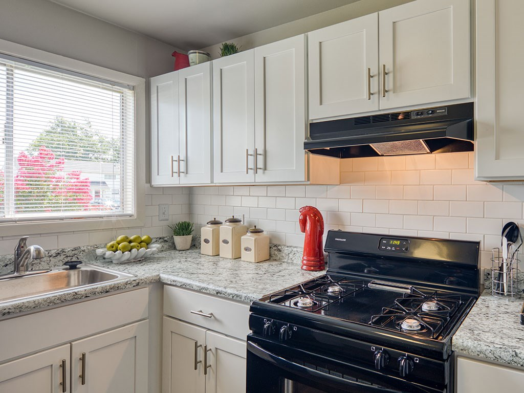 Kitchen at 11 North at White Oak Apartments