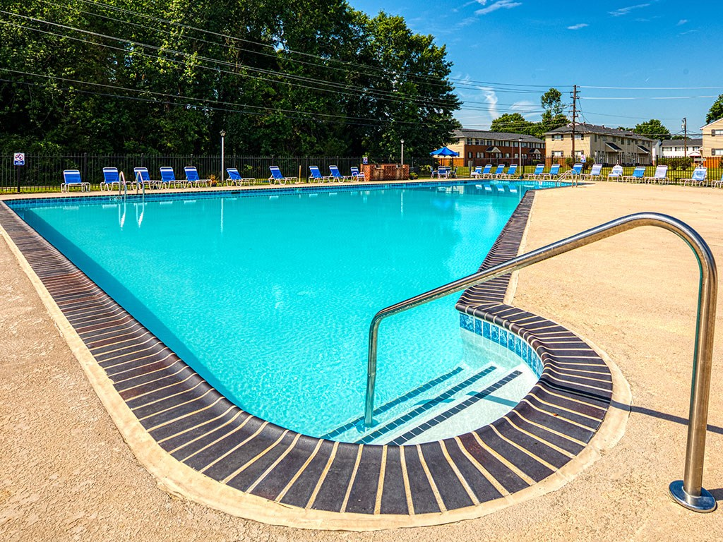 Pool at 11 North at White Oak Apartments
