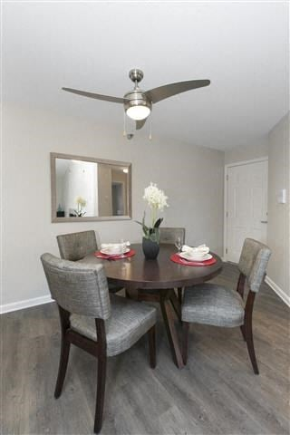 Separate Dining Area at Hunter's Glen, Aurora, 60504