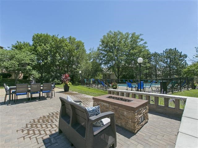 Outdoor Grill With Intimate Seating Area at Hunter's Glen, Aurora, 60504