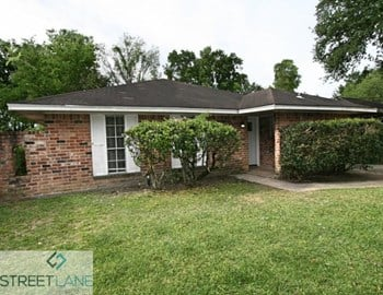 6702 Leedale St 3 Beds House for Rent Photo Gallery 1