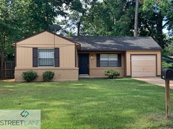 6210 Annunciation St 3 Beds House for Rent Photo Gallery 1
