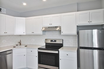 914 North Blvd 1 Bed Apartment for Rent Photo Gallery 1