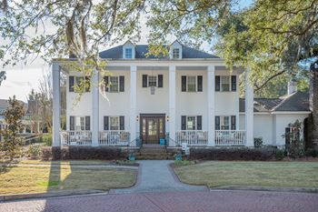 2225 Ashley River Rd. 1-2 Beds Apartment for Rent Photo Gallery 1