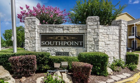 Southpoint Main Monument Sign | Southeast Apartments For Rent | Southpoint Apartments