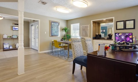 Southpoint Leasing Office  | Southwest Houston Apartments For Rent | Southpoint Apartments