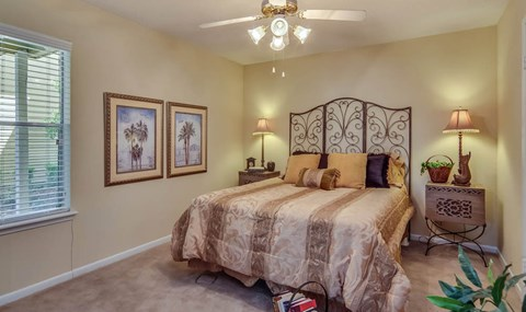 Master Bedroom| Southeast Apartments For Rent | Southpoint Apartments