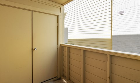 Extra Storage is available on patios | Southeast Apartments For Rent | Southpoint Apartments