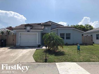 20826 SW 85th Ct 3 Beds House for Rent Photo Gallery 1