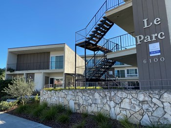 6100 S. Pacific Coast Hwy. 1 Bed Apartment for Rent Photo Gallery 1
