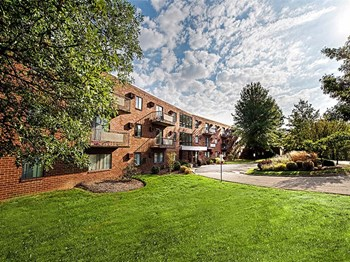 2000 Westpointe Dr Apt 110 3 Beds Apartment for Rent Photo Gallery 1