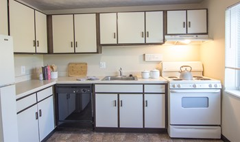 1700 Patrick Pl 3 Beds Apartment for Rent Photo Gallery 1