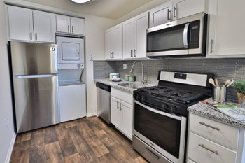 1008 Eaglecrest Ct 2 Beds Apartment for Rent Photo Gallery 1