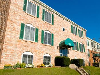1008 Eaglecrest Ct Apt A 1-2 Beds Apartment for Rent Photo Gallery 1