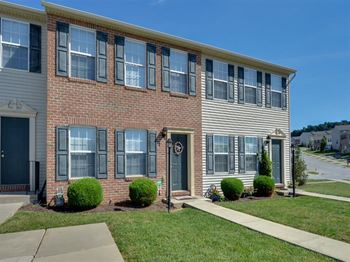 101 N Cheviot Way 2-3 Beds Apartment for Rent Photo Gallery 1