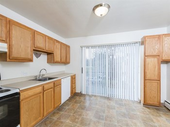 3660 Monroe Ave 1-2 Beds Apartment for Rent Photo Gallery 1