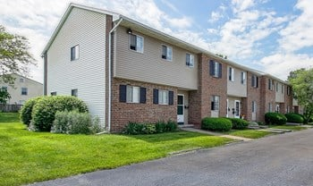 108 Linden Tree Ln Apt 8 3 Beds Apartment for Rent Photo Gallery 1