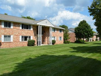 41 High Manor Dr 1 Bed Apartment for Rent Photo Gallery 1