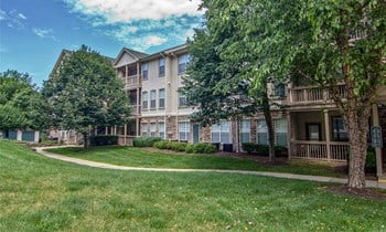 100 Lincoln Highlands Dr 1-3 Beds Apartment for Rent Photo Gallery 1