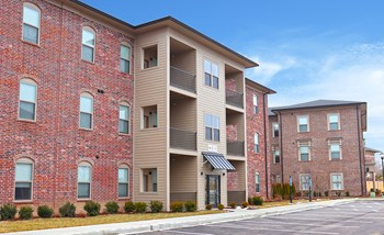 1000 Fountain Grass Drive 1-3 Beds Apartment for Rent Photo Gallery 1